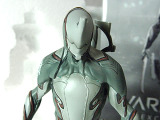 『Warframe』フィギュア第1弾「Excalibur」をフォトレポ、1000限定スタチューの完成度を紹介