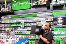 米GameStop店舗のXbox Oneミッドナイトローンチを直撃レポート!