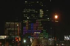 超高層ビルの「裏面と表面」を使って『テトリス』で対戦するダイナミックなプレイ映像が登場 画像