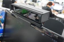 【Xbox One発売特集】会社のデスクで、『Kinect スポーツ』はプレイできるのか