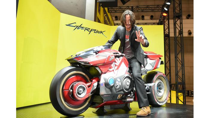 『サイバーパンク2077』キアヌ・リーブスが「TGS2019」開催前日にサプライズ入場!バイクにまたがる姿が最高にCOOL