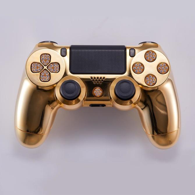 純金とダイヤモンドで装飾されたPS4コントローラー登場\u2015恐ろしく